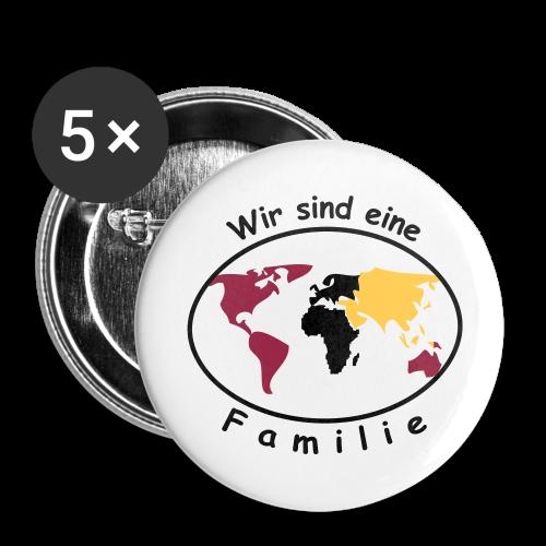 TIAN GREEN Button - Wir sind eine Familie - Buttons groß 56 mm