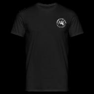 Magliette ~ Maglietta da uomo ~ maglietta con logo AUDA e colt 1911 (per capi scuri)