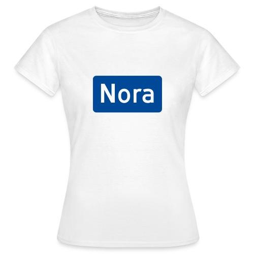 Nora veiskilt - T-skjorte for kvinner