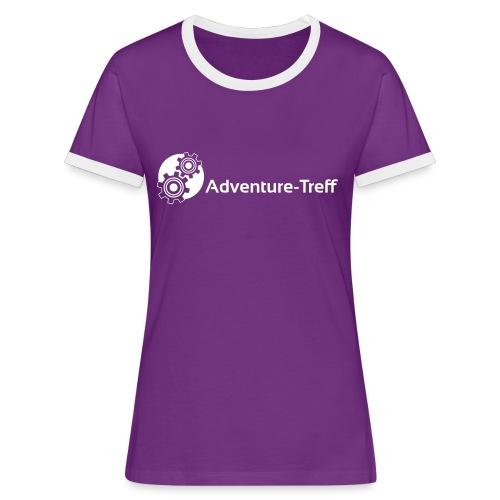 Frauen Kontrast-T-Shirt - Zahnrad-Logo und Adventure-Treff-Schriftzug. Zentriert.