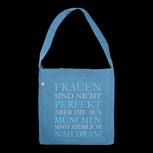 Frauen aus München (Hellblau) Recyclingtasche - Schultertasche aus Recycling-Material