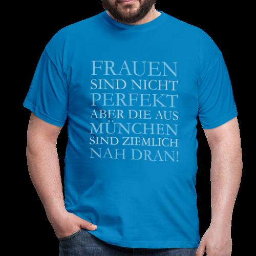 Frauen aus München (Hellblau) T-Shirt - Männer T-Shirt