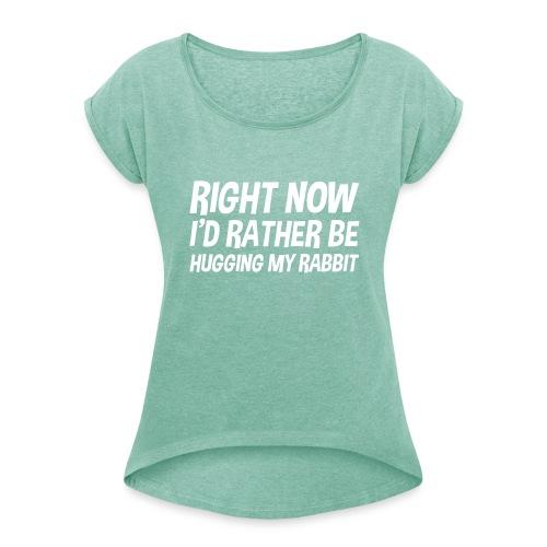 Boyfriendshort hugging rabbits - Vrouwen T-shirt met opgerolde mouwen