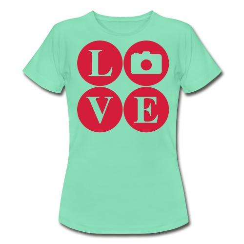 Love my Camera  - Women's T-Shirt