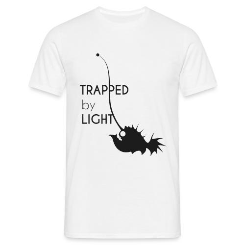 Basisshirt - Trapped by light - Männer T-Shirt