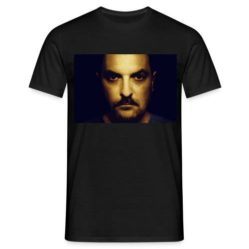 Mann in Gold - Männer T-Shirt
