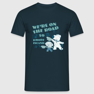 Family Guy Brian Rhode Island Men T-Shirt - Men's T-Shirt