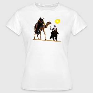 bedouin with camel Tee shirts - T-shirt Femme