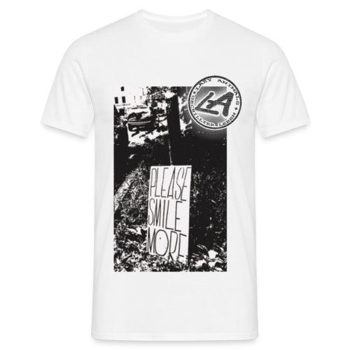 Smile more - Männer T-Shirt