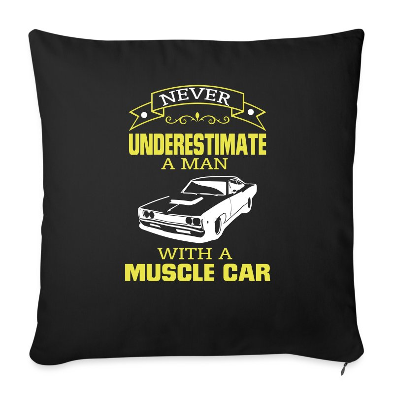 housse de coussin jamais un homme sous estimer sa voiture de muscle spreadshirt. Black Bedroom Furniture Sets. Home Design Ideas