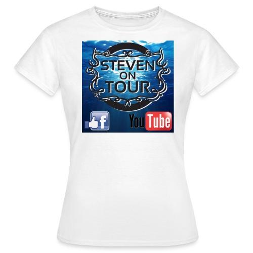 Steven on Tour T-Shirt Frauen weiß, Farb-Logo vorne - Frauen T-Shirt