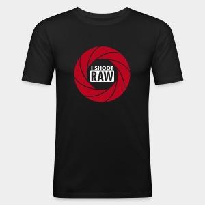 I SHOOT RAW - Red/White - Männer Slim Fit T-Shirt