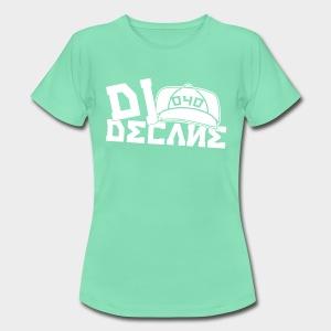 DJ DECANE BLACK PREMIUM  SHIRT WHITE LOGO - Frauen T-Shirt
