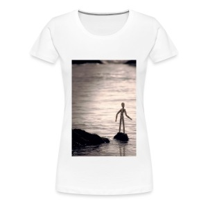 Staring at the sea - Women's Premium T-Shirt
