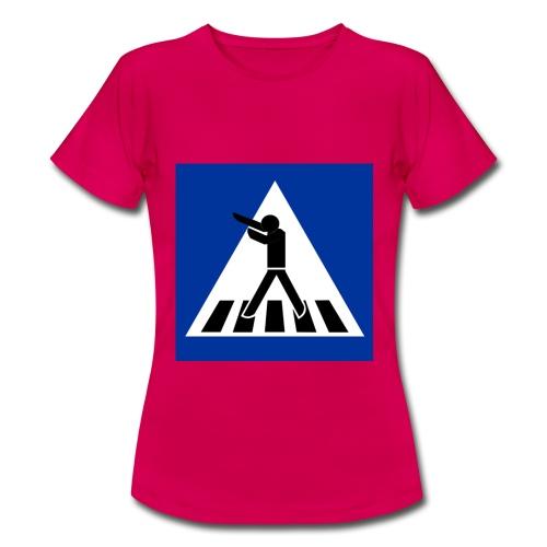 DAB SHIRT - Frauen T-Shirt