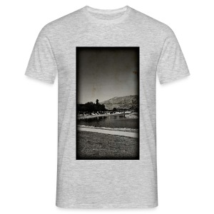 Of Río de Fuengarola - Men's T-Shirt