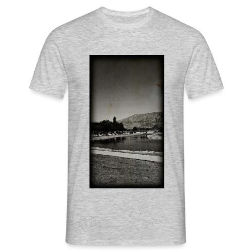 Of Río de Fuengarola - Men's T-Shirt