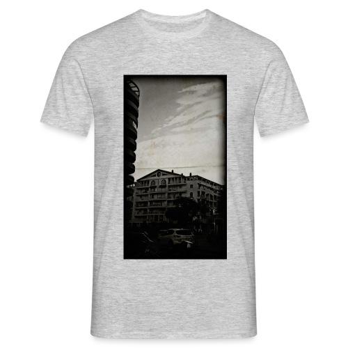From Calle Churruca - Men's T-Shirt