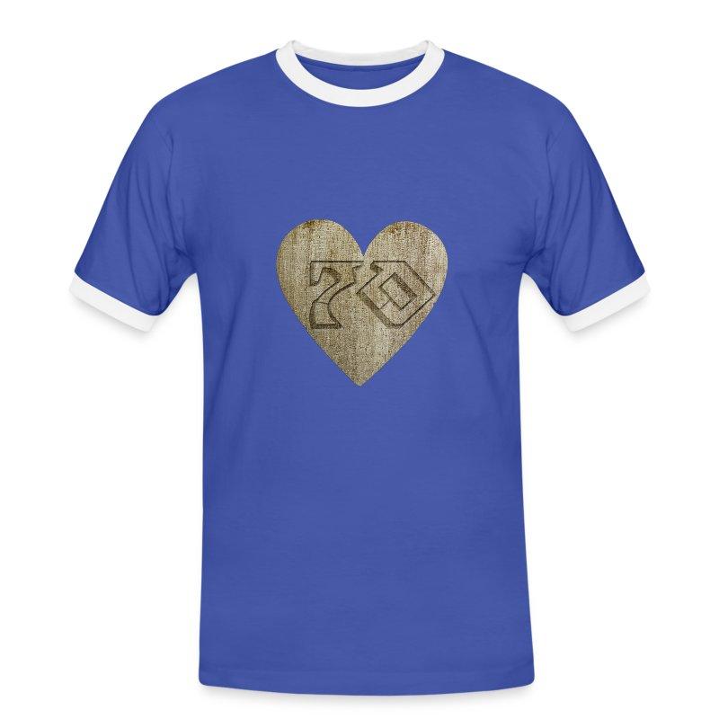 Berghain t shirt selge til eiendomsmeglere