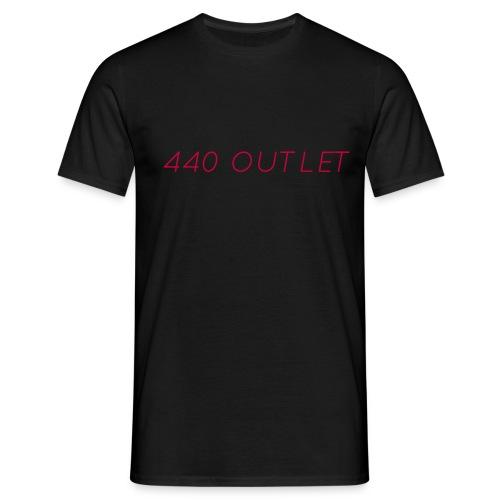 440 Season1 Tshirt Red Text - Men's T-Shirt