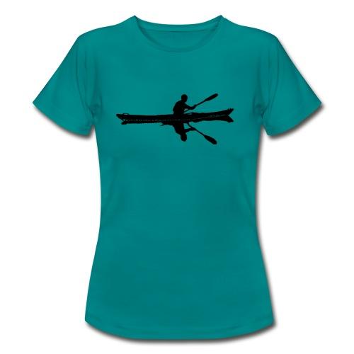 Seekajak mit Spiegelung schwarz - Frauen T-Shirt