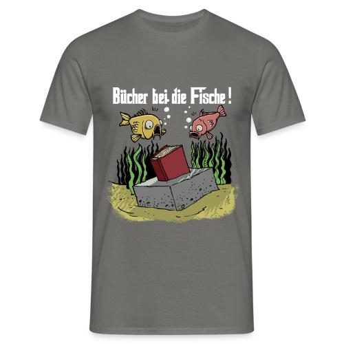 Bücher bei dei Fische (Weisse Schrift) - Männer T-Shirt
