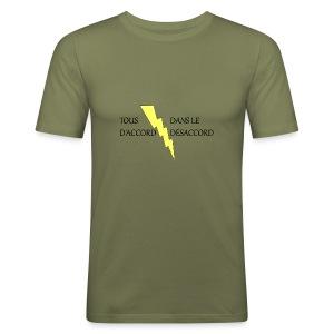 d'accord désaccord - Tee shirt près du corps Homme