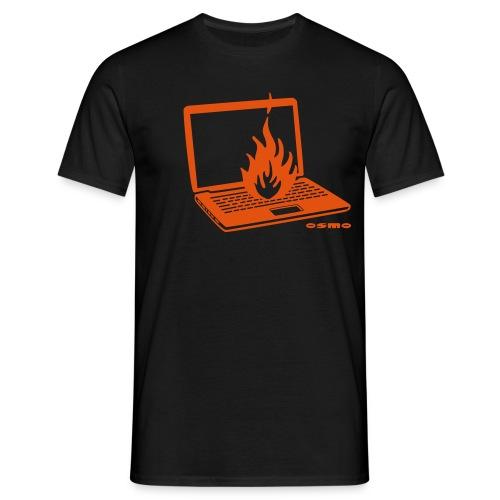 flammenlaptop - Männer T-Shirt