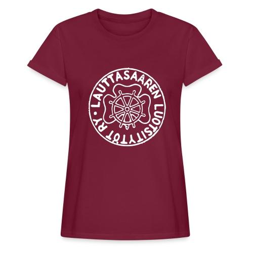 Rento t-paita samettisella leimalla - Naisten oversized-t-paita