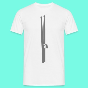 a pair of 7Adrumsticks - Männer T-Shirt