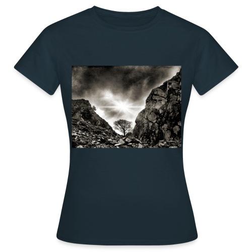 Lake District Langdale Myth & Fantasy T-Shirt Ladies - Women's T-Shirt