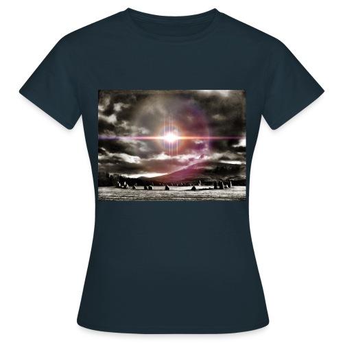 Lake District Castlerigg Stone Circle Myth & Fantasy T-Shirt Ladies - Women's T-Shirt