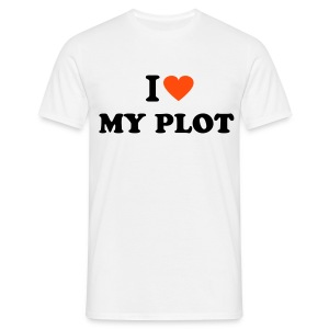 I love my plot - Men's T-Shirt