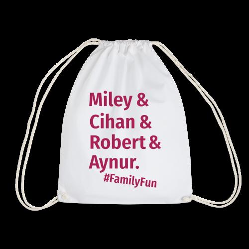 Family Fun Miley Cihan Robert Aynur Namen - Turnbeutel