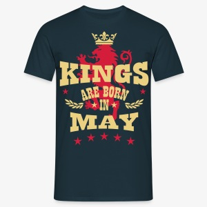 Kings are born in May King Crown Lion Löwe T-Shirt - Männer T-Shirt