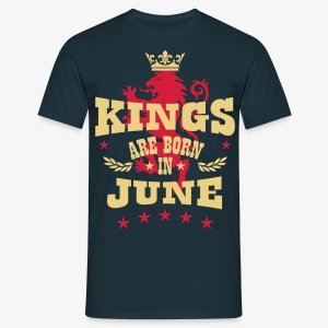 Kings are born in June King Crown Lion Löwe T-Shirt - Männer T-Shirt