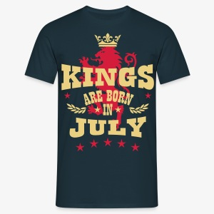 Kings are born in July King Crown Lion Löwe T-Shirt - Männer T-Shirt