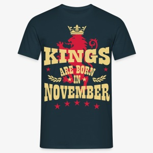 Kings are born in November King Lion Löwe T-Shirt - Männer T-Shirt