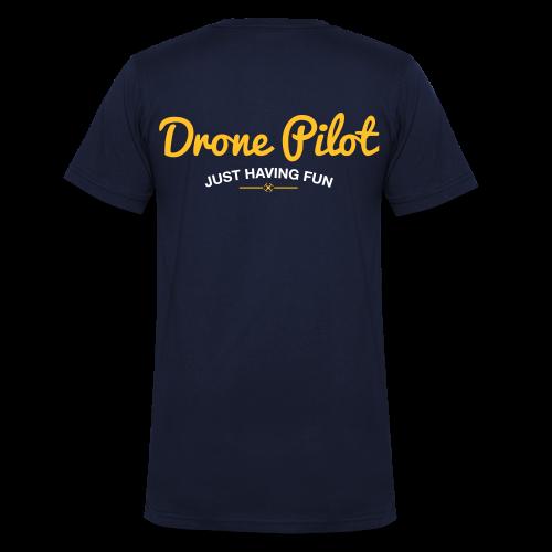 T-shirt V: Drone Pilot Just Having Fun (men) | Navy - Mannen bio T-shirt met V-hals van Stanley & Stella