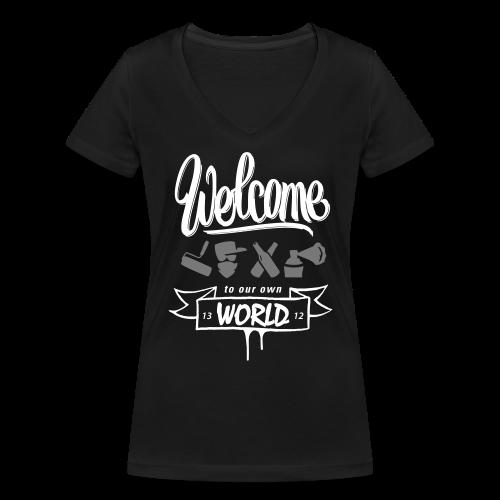 """Girl-Shirt """"Welcome..."""" Schwarz - Frauen Bio-T-Shirt mit V-Ausschnitt von Stanley & Stella"""