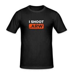 I SHOOT ARW - Männer Slim Fit T-Shirt