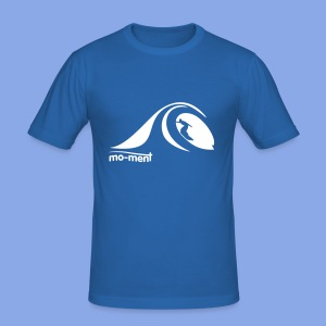 Surfing in tube - Männer Slim Fit T-Shirt