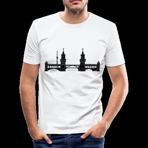 Oberbaumbrücke in Berlin 2 - Männer Slim Fit T-Shirt
