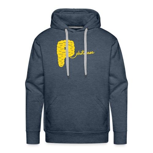 Männer Premium Hoodie - Hoodi in braun. Das Motiv  ist goldgelb und im Flockdruck aufgebracht.