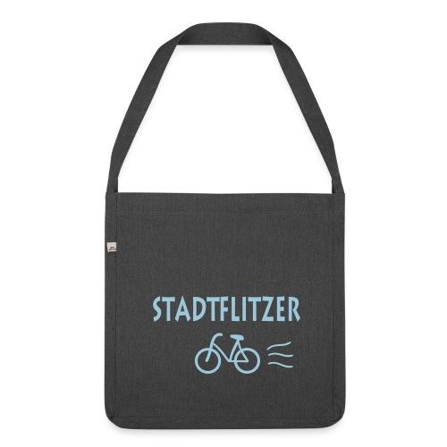 Schultertasche: Stadtflitzer - Schultertasche aus Recycling-Material