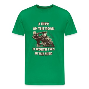 A bike on the road in 3XL 4XL 5XL - Men's Premium T-Shirt