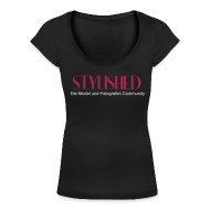 T-Shirts ~ Frauen T-Shirt mit U-Ausschnitt ~ Artikelnummer 14789457