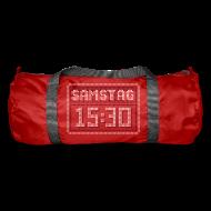 Taschen & Rucksäcke ~ Sporttasche ~ SAMSTAG 15:30 LED STADIONANZEIGE (C2PV2) by toneyshirts.de