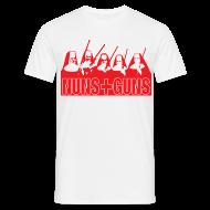 T-shirts ~ Mannen T-shirt ~ Funny T-shirt Nuns & Guns