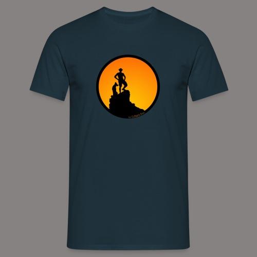 Everywhere I go ... - Männer T-Shirt